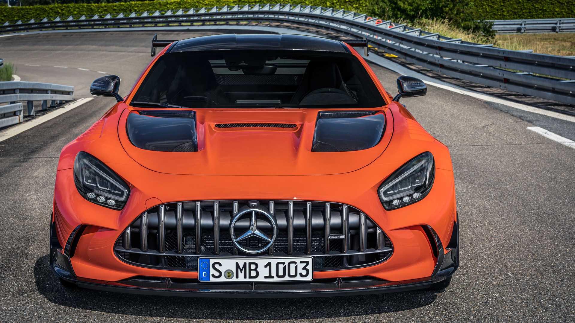 Mercedes-AMG GT Black Series odfotený spredu