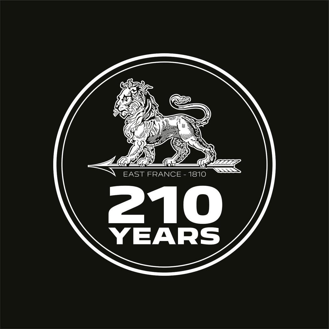 Peugeot má 210 rokov